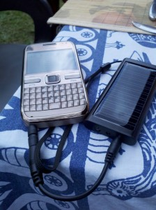 solar-2Bphone-2Bcharger